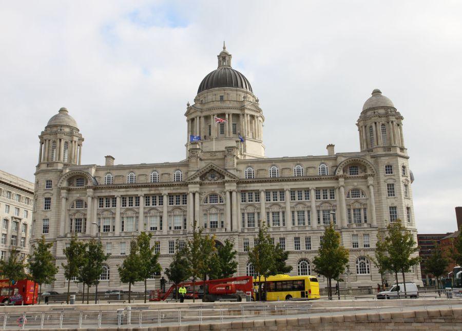 """... das """"Port of Liverpool Building"""" - einfach schön anzusehen ..."""